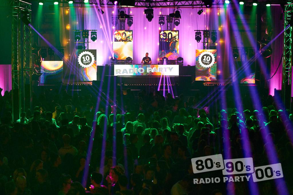 80-90-00 Radio Party - 038