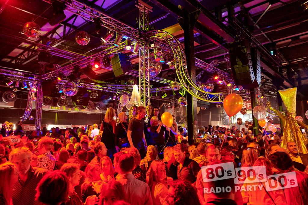 80-90-00 Radio Party - 082