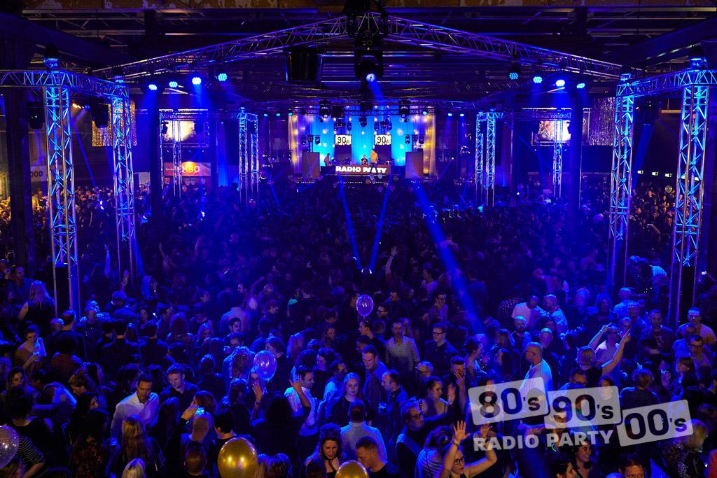 80-90-00 Radio Party - 096