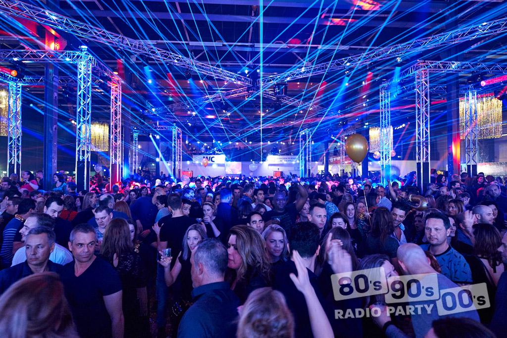 80-90-00 Radio Party - 136